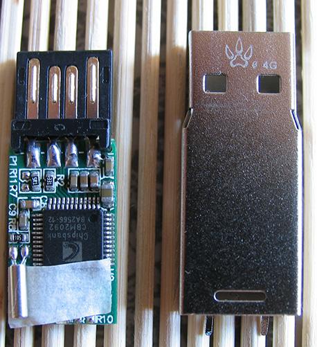 USB Flash Drive Pinky Tux Pinguin Chipsbank CBM2092